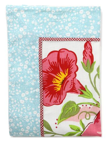 PiP Studio Table cloth big pink flowers